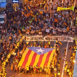 1347431389-catalonia-sees-the-biggest-separatist-demonstration-in-history_1439540