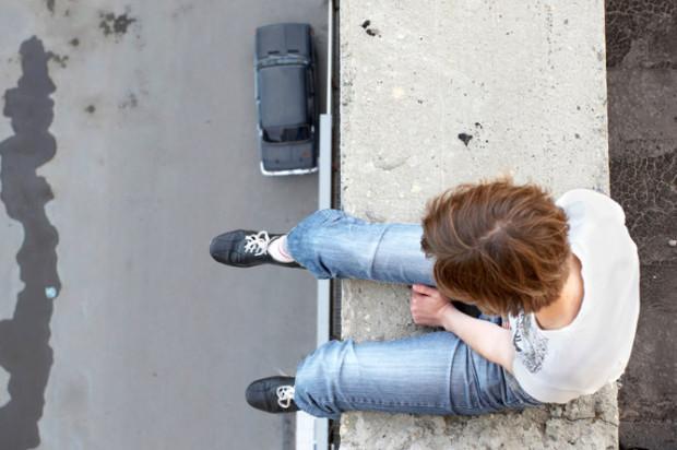 Кто толкает русских  детей к самоубийству?:   130 (!) суицидов детей, случившихся в России с ноября 2015-го по апрель 2016 года