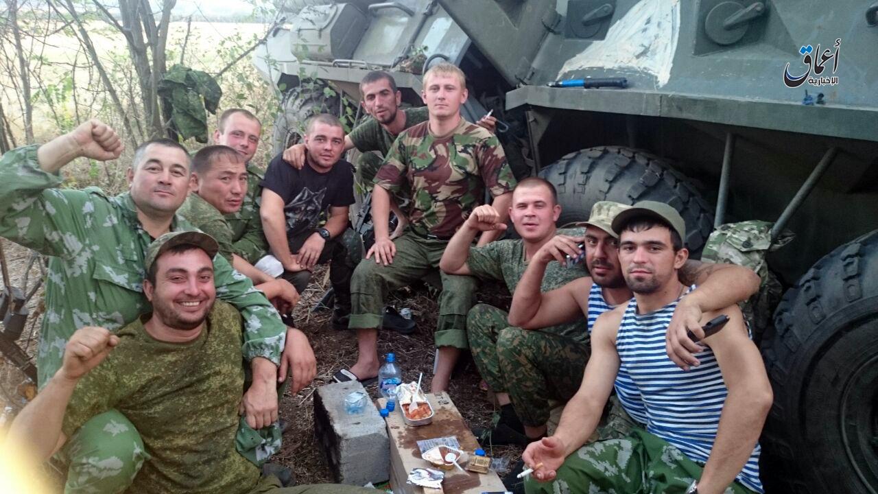 Боевики ИГИЛ нашли у (якобы убитых) российских солдат фото из Донбасса