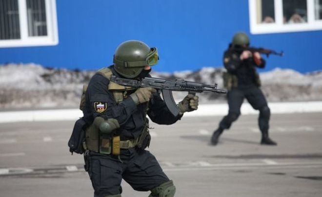 Работники Росгвардии задержали мужчину, стрелявшего поним изТТ
