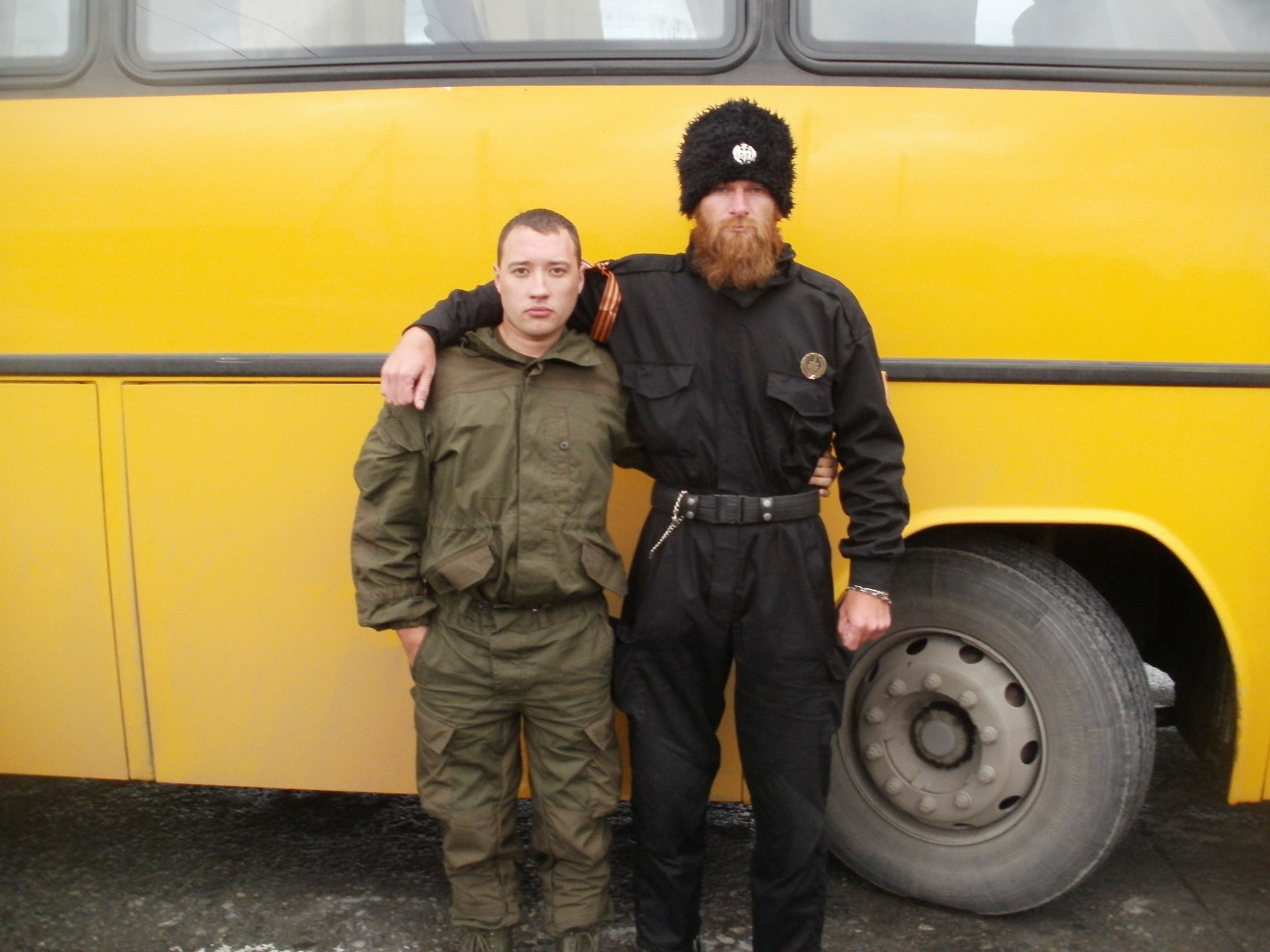 Александр Синджелич в «Новороссии» (справа)