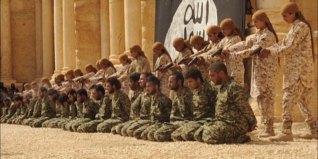 ISIS-PalmyraExecutionofSoldiers