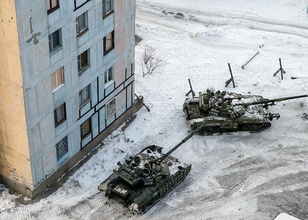 Украинские танки вошли в Авдеевку