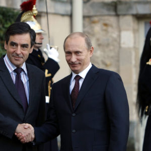 Nov. 27, 2009 - Paris, France - (091128) -- PARIS, Nov. 28, 2009 (Xinhua) -- Russian Prime Minister Vladimir Putin (R) and France's Prime Minister Francois Fillon shakes hands during a welcome ceremony  in Rambouillet' castle, France, Nov. 27, 2009.  Francois Fillon and Vladimir Putin presented the 14th session of France- Russia intergovernment seminar in Rambouillet Chateau in southwest suburb of Paris. (Credit Image: © Xinhua/ZUMA Press/Global Look Press.com)