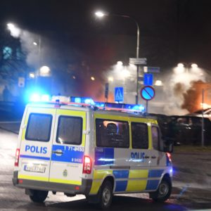 February 20, 2017 - Stockholm, Sweden - Upplopp och bilbrnder i Rinkeby (Credit Image: Global Look Press via ZUMA Press)
