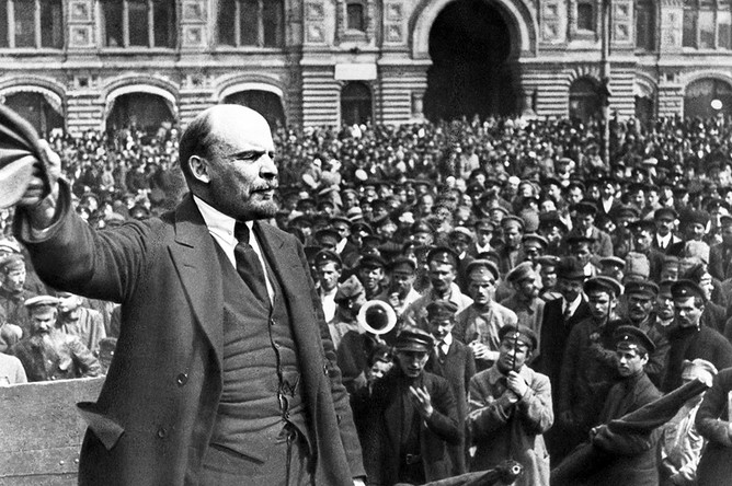 vladimir-lenin_-crowd_-communism-171818-pic668-668x444-51481