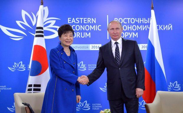 Она вам недимон, и там вам не тут: Экс-президент Южной Кореи арестована по обвинению в коррупции
