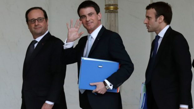 french-president-hollande-prime-minister-valls-and-economy-minister-macron-leave-the-weekly-cabinet-meeting-at-the-elysee-palace-in-paris-5581489