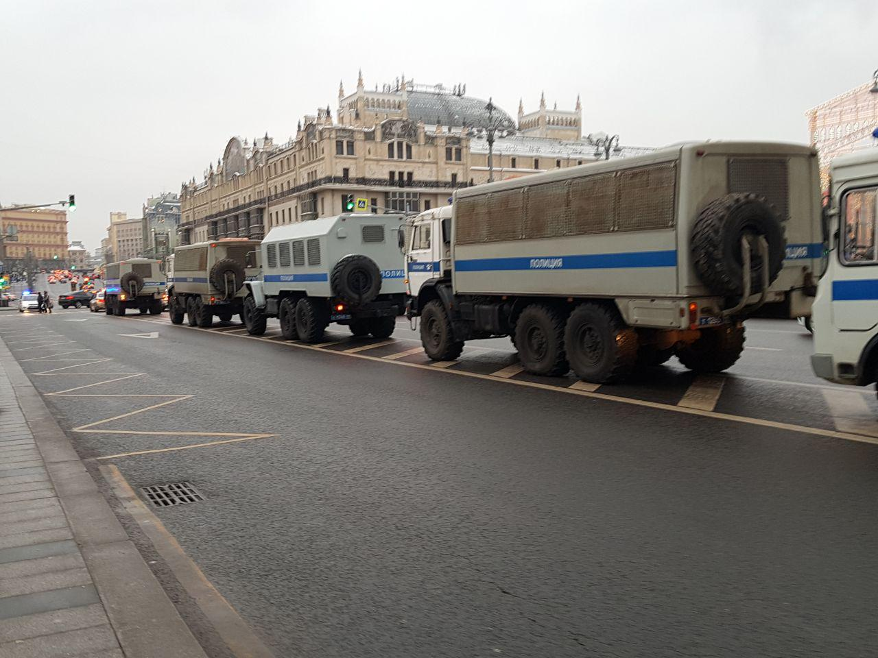 На «забастовке избирателей» по всей России задержаны более 240 человек