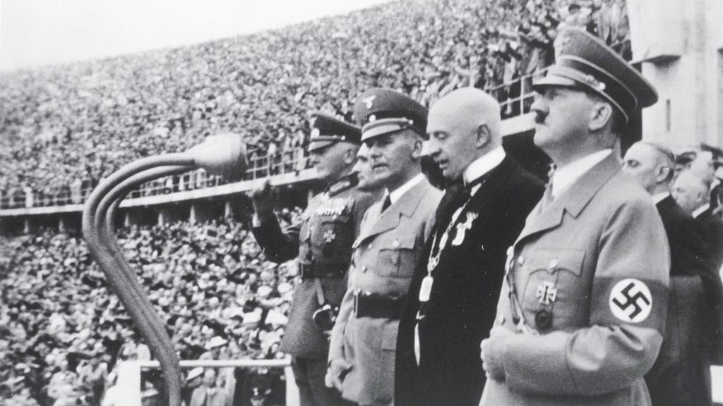 the fall of adolf hitler and the nazi of germany Edward's alleged nazi visit with adolf hitler, and his alleged nazi windsor visited nazi germany as guests of adolf hitler at berchtesgaden.