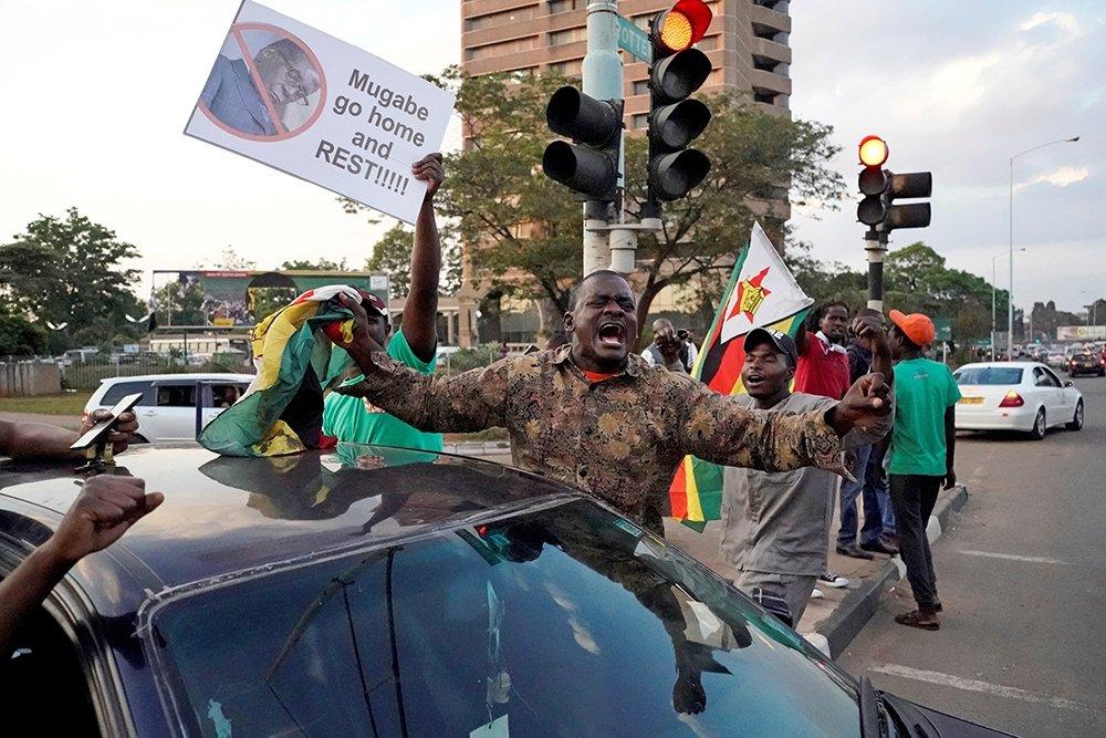 В Зимбабве проходят президентские выборы. Впервые за 40 лет в них не участвует Мугабе