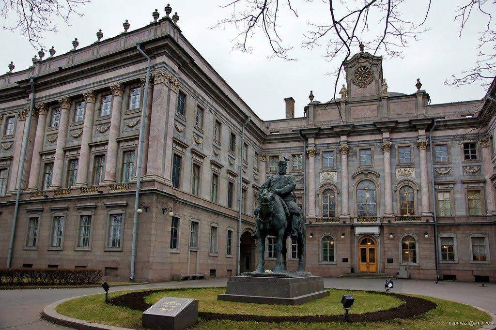 Европейский университет в Петербурге прошел проверку на получение лицензии
