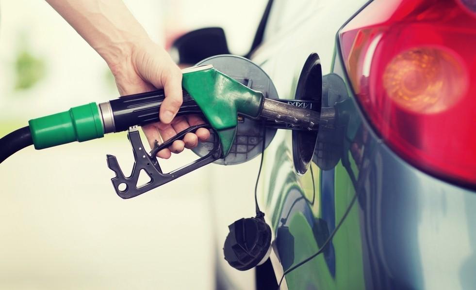 ФАС: Повышение НДС повлияет на цены на бензин