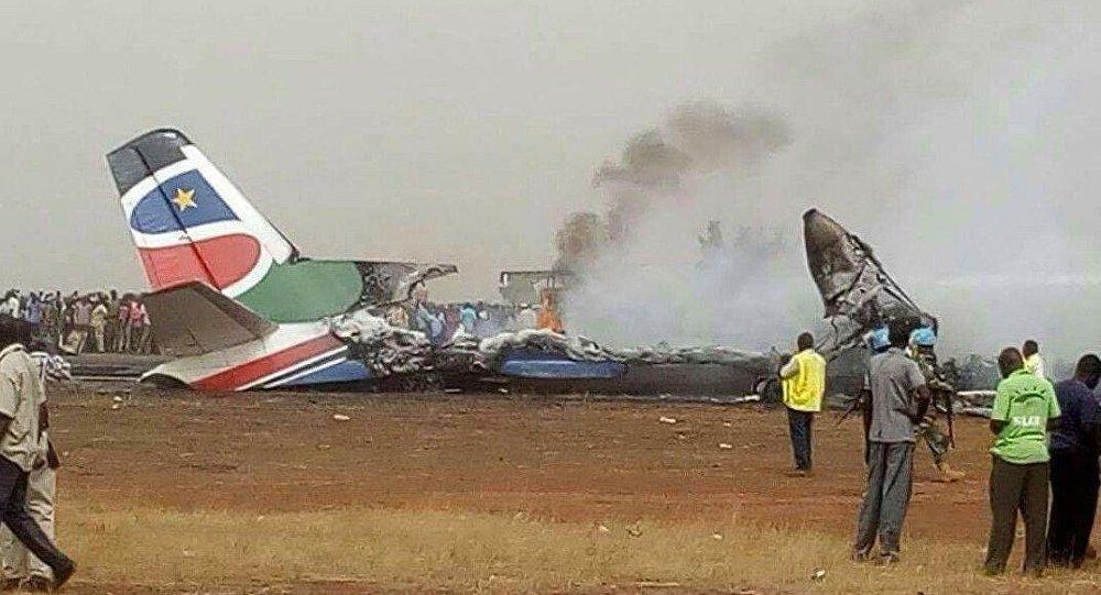 Не так сели. 7 примеров чудесных спасений пассажиров в авиакатастрофах