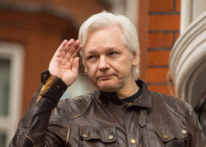 julian assange - HD2664×1894