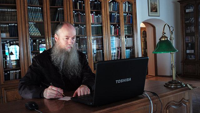 РПЦ выпустила инструкцию для видеоблогеров-священников: «Мемы должны стать культурным мостом»