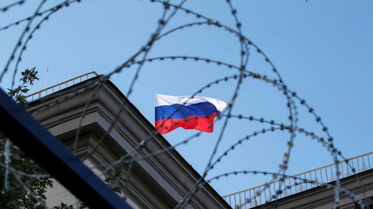 «Война санкций больше всего бьет по россиянам, которые только почувствовали себя людьми». Эксперт о возможных санкциях США