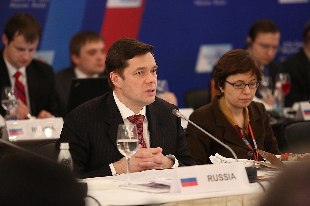 Делимая Россия. Как спонсоры партии власти делят бюджетные миллиарды