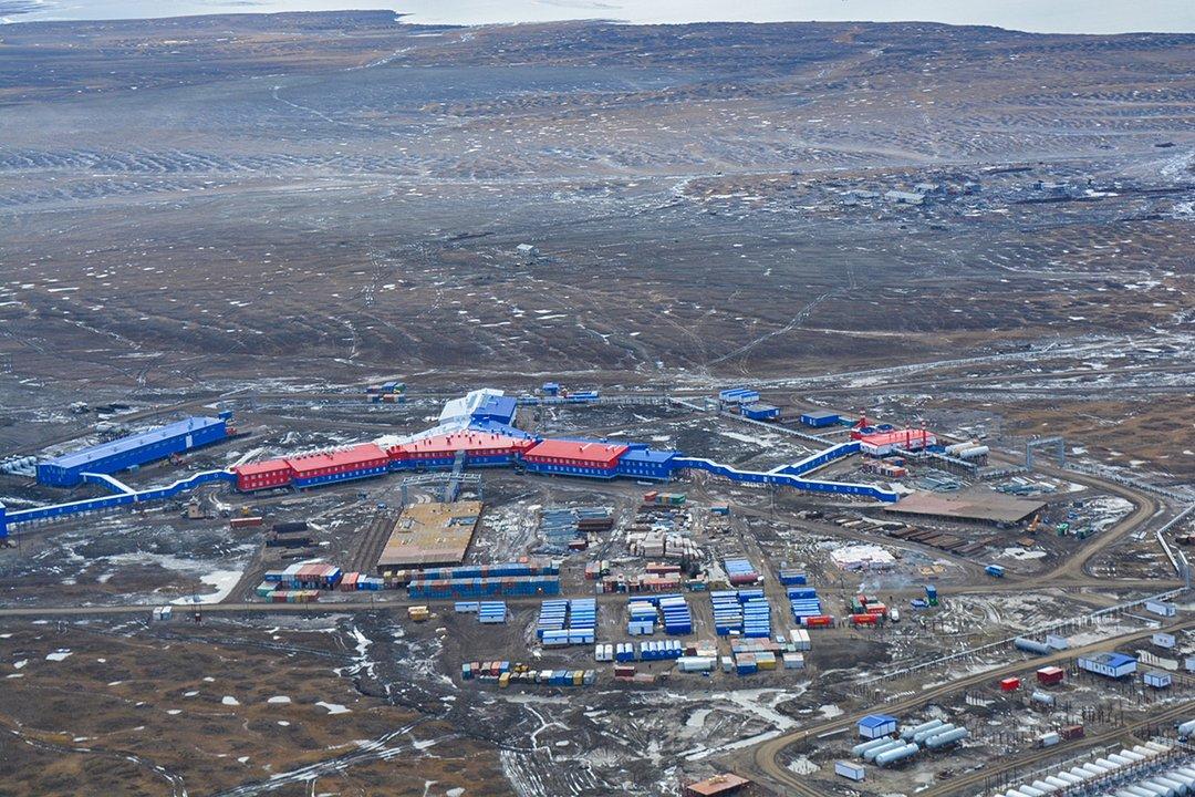 Танки на льду. Как Россия готовится к аннексии Арктики и почему это может привести к войне