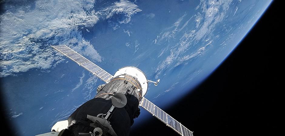 """""""Если даже такой корабль создадут, его никто не купит"""" - эксперт о планах """"Роскосмоса"""" создать многоразовый космический корабль"""