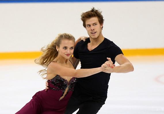 Фигуристы Синицына и Кацалапов стали чемпионами Европы в танцах на льду