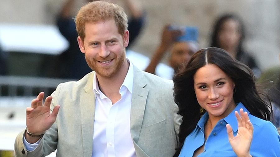 Принц Гарри и Меган Маркл отказались от королевских полномочий ...