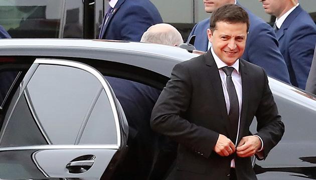 Зеленский подает в суд на журналистов программы «Схемы», сообщивших о его тайной встрече с Патрушевым