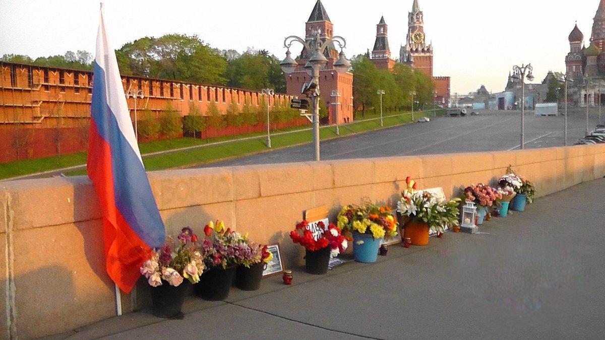 От Вильнюса до Вашингтона. Как в мире появляются улицы имени Немцова, и причем здесь Россия