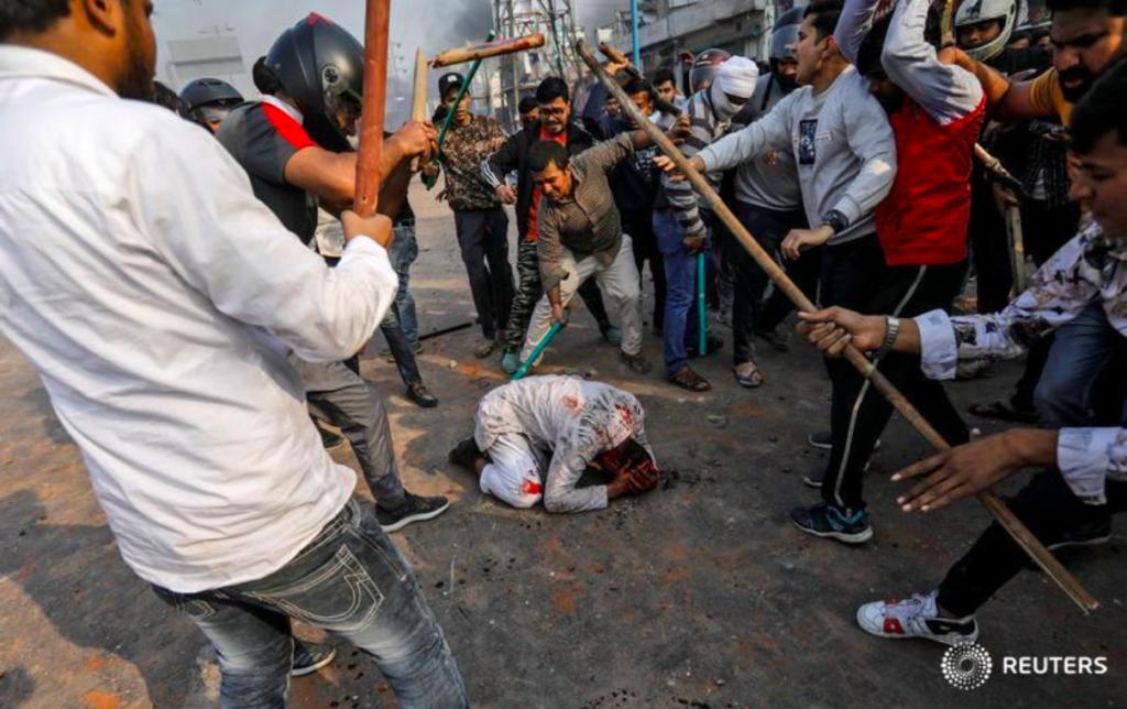 В Дели громят мусульманские районы. Погибли более 20 человек, пострадали 200, разрушены мечети