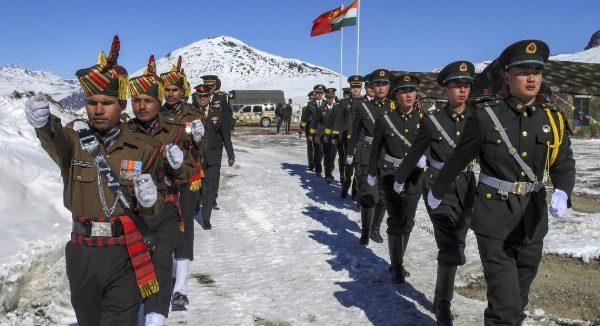 Не менее 20 индийских солдат погибли при столкновении с китайскими военными на границе двух стран