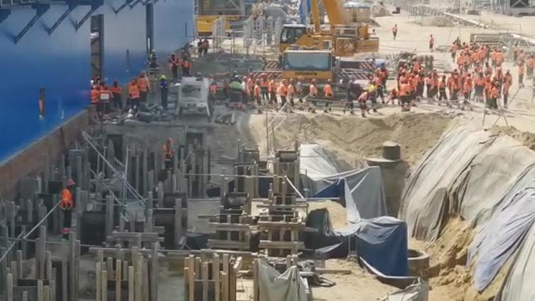 СК возбудил уголовное дело после погромов в офисе компании, которая строит завод для «Газпрома»