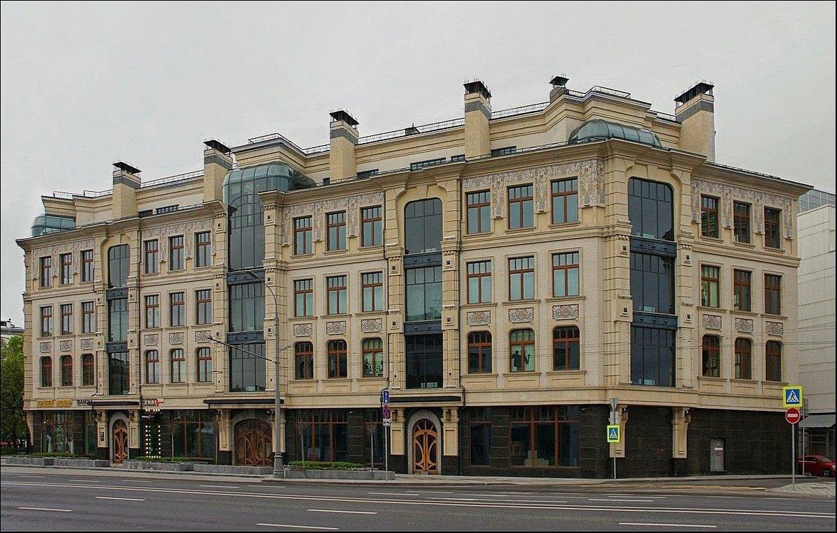 Главный акушер Минздрава обзавелась недвижимостью на 1 млрд. Это совпало по времени с публикациями о рождении сыновей у Алины Кабаевой