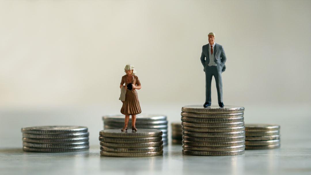 Российские мужчины зарабатывают почти на треть больше женщин — Минэкономразвития